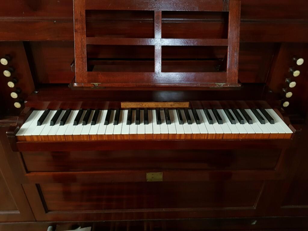 Thomas Elliot Chamber Organ 1